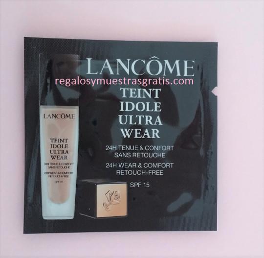 848ef27eb En este caso, las muestras que envían son como la de la imagen, de 5 mL del  fondo de maquillaje de Lancôme llamado Teint Idole Ultra Wear lanzado ...