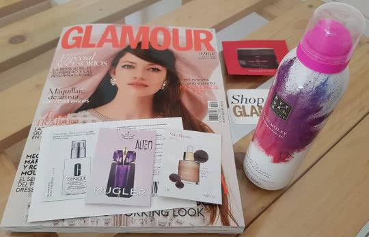 regalo-revista-glamour-octubre-2018